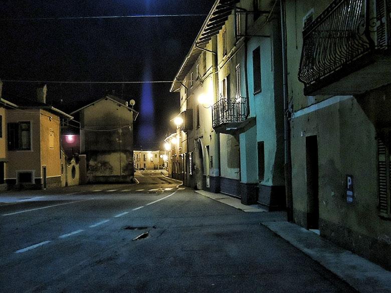 Ghislarengo in der Nacht